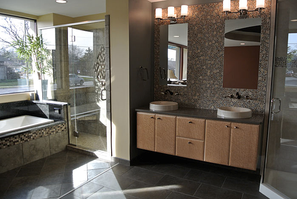 DreamMaker Custom Bathroom